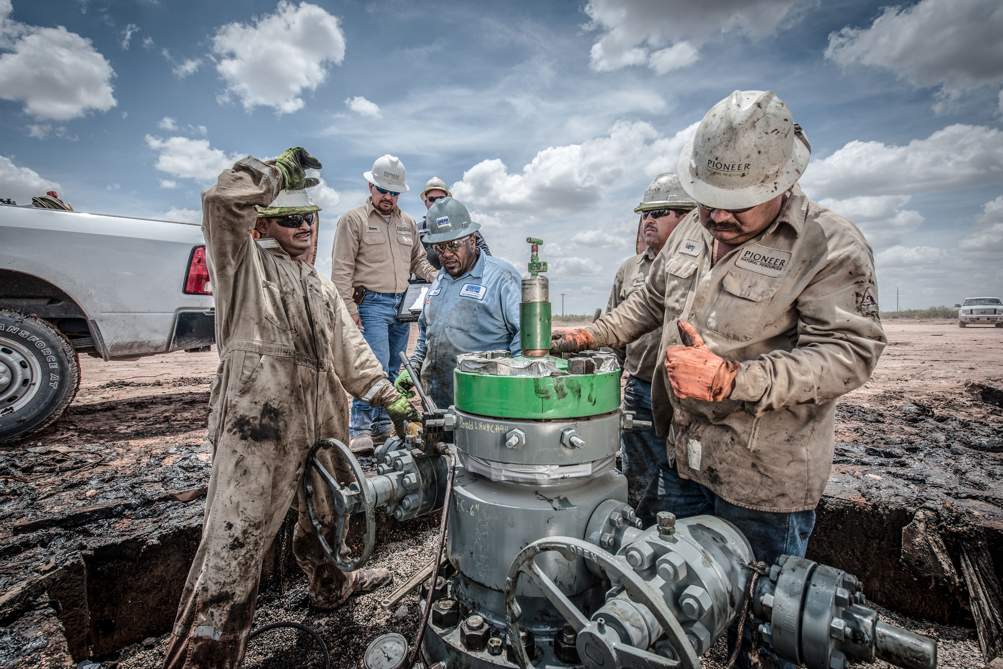 Oil workers, Texas